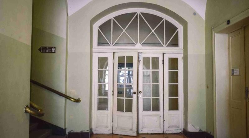 darya tryfanava B Q4uV1Q3Yc unsplash scaled types of doors