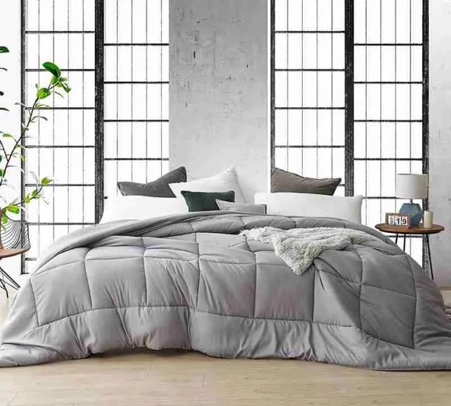 alaskan king bed vs wyoming king bed, alaskan king comforter, alaskan king mattress, alaskan king bed price, wyoming king mattress, wyoming king bed, wyoming king bed frame