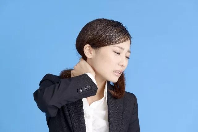 首の歪みと睡眠の関係