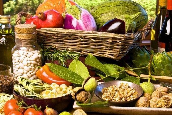 Key Nutrition for Thyroid Disease   Wellness Clinic