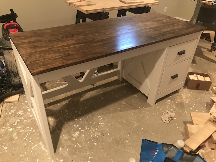 finished farmhouse desk with paint and