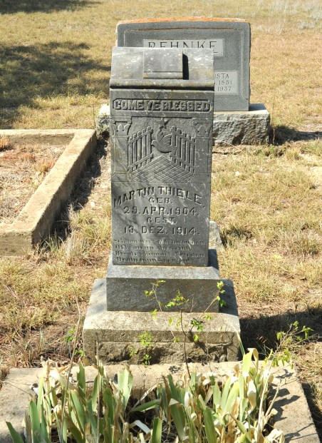 05-bismarck cemetery