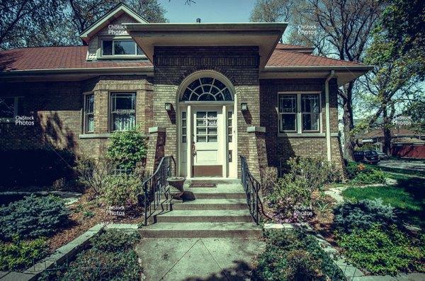 Albany Park Chicago Ravenswood Manor Bungalow