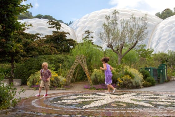 Boy and girl playing at the Eden project - web