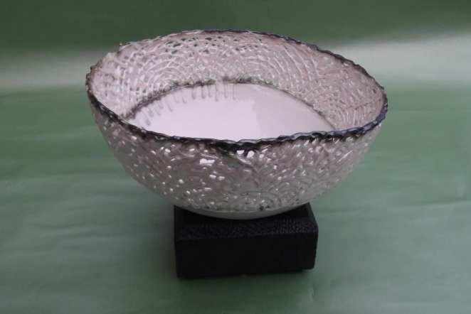 Porcelain Filigree Bowl with Lustre Rim on Cedar Stand by Gioilla Zordan