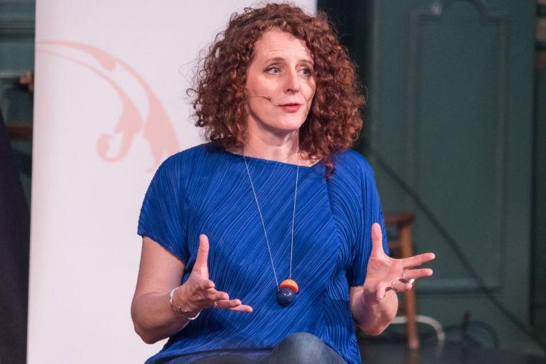 Novelist Maggie O'Farrell_web
