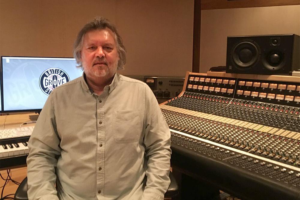 david-stewart-at-british-grove-studios_preview