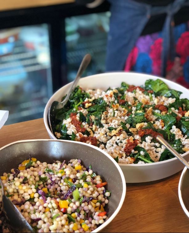 Photo of bowl of mixed salad