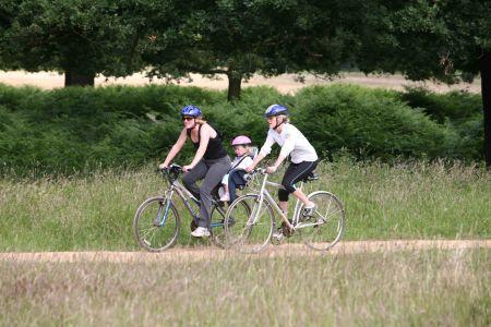 Richmond Park family cycling