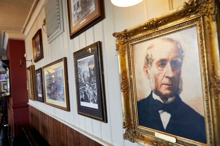 Fullers' founders in The Mawson