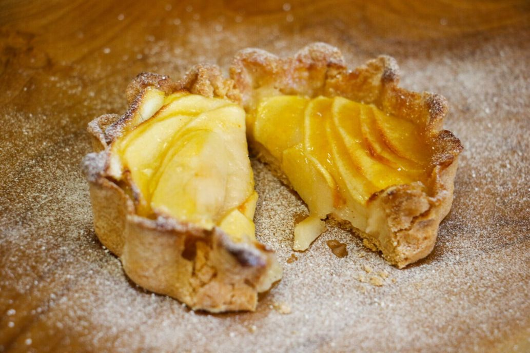 Traditional French apple tart_web