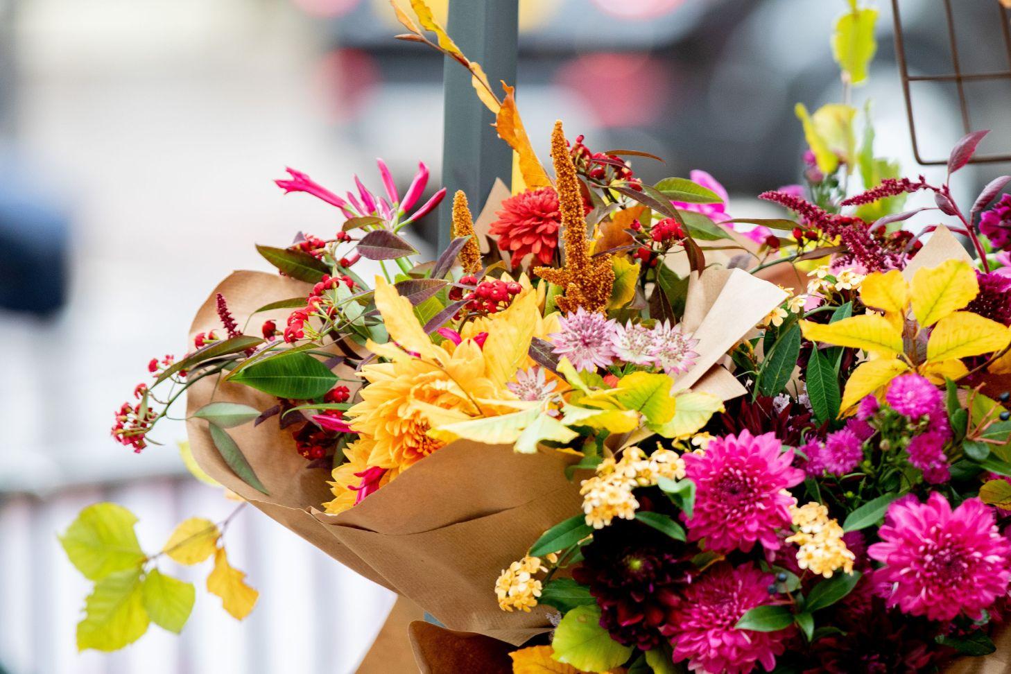 Chiswick Flower Market - Anna Kunst bouquet