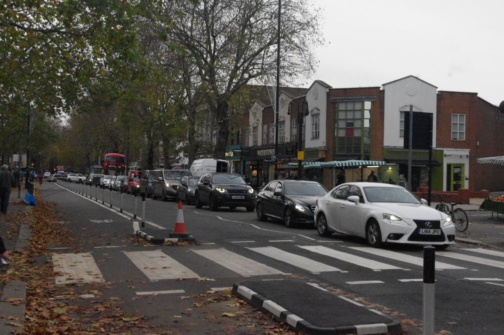 Traffic on Chiswick High Rd 1_web - Alanna McCrum