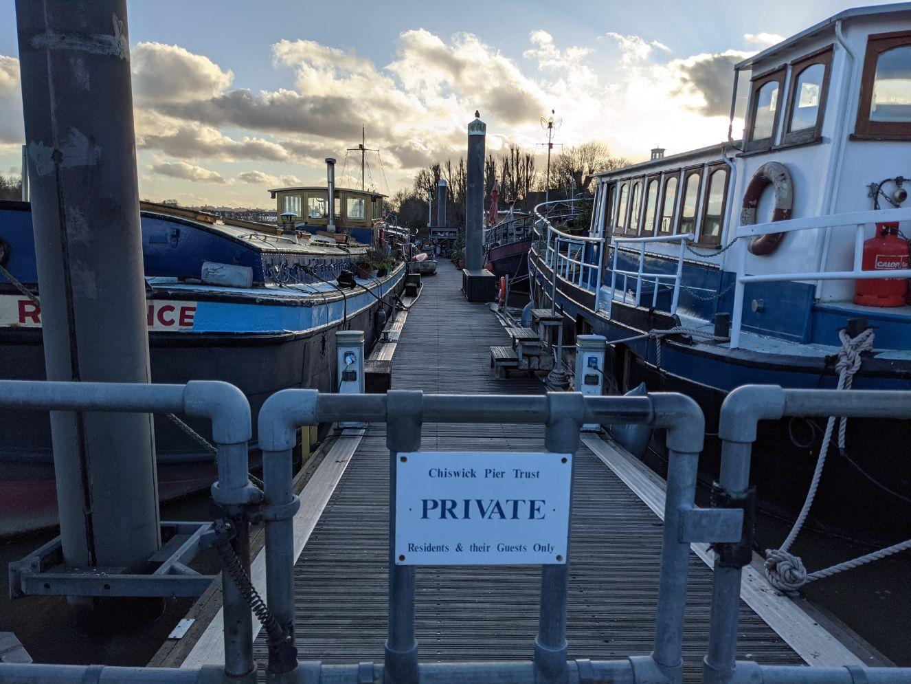 Houseboats 17 - Joanna Raikes