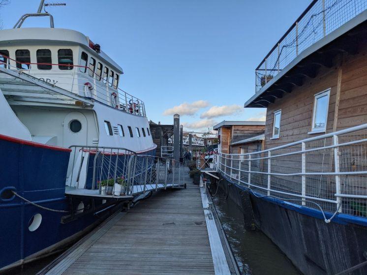 Houseboats 8 Victory and Cecilia - Joanna Raikes