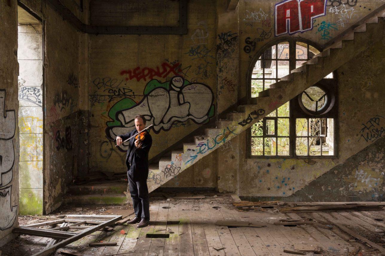 David Juritz_Pheilpin Stairs_web