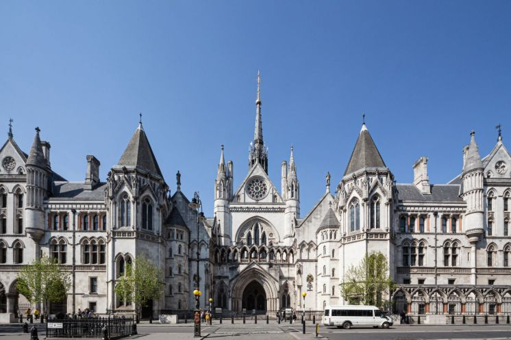 Royal_Courts_of_Justice_2019_crop