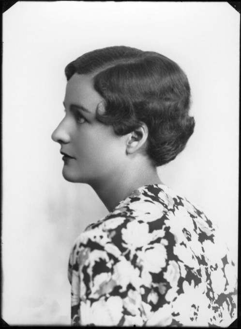 Nancy-Mitford by Bassano 8 August 1935