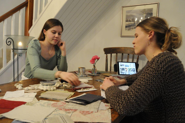 Olivia and Francesca Johns 5_web