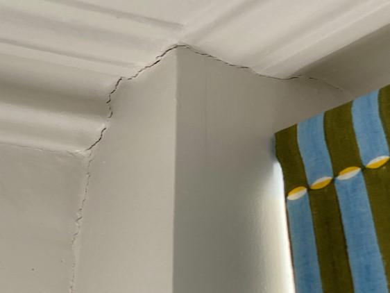 Carlton Rd site cracks 2