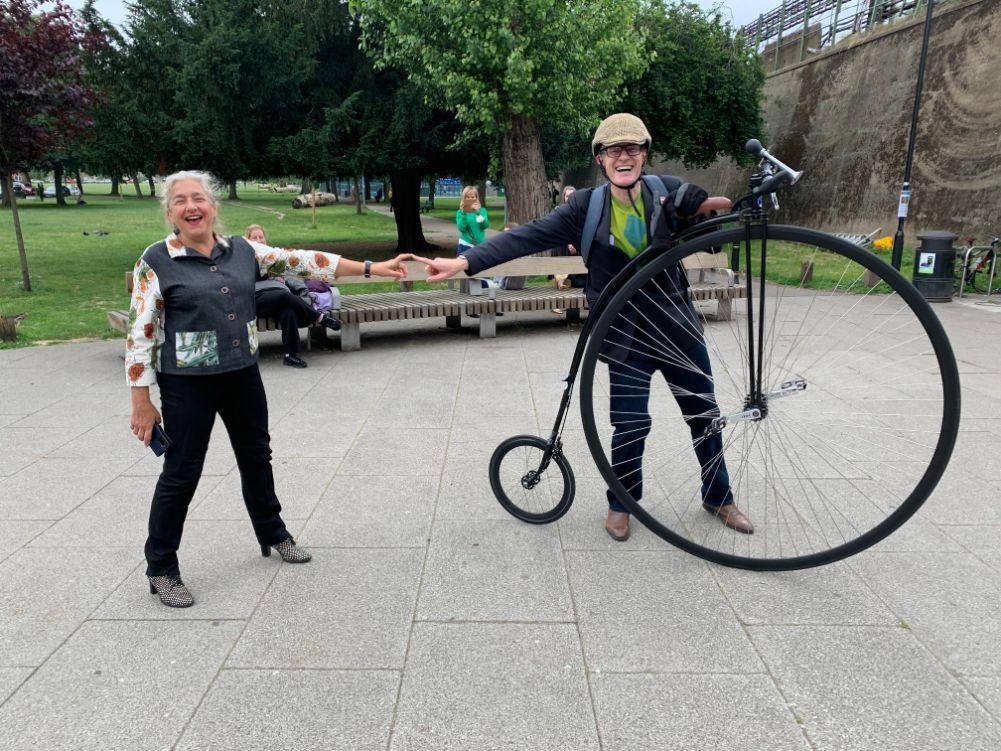 Karen and Jeremy Vine 'doing a Michelangelo'