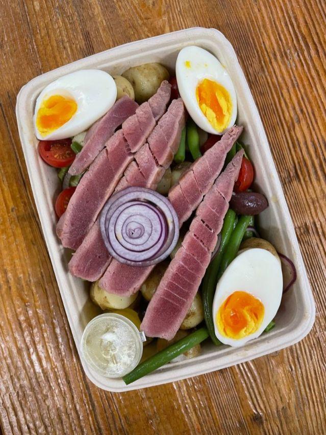 Seared tuna Nicoise salad_web