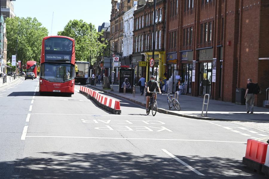 cycle-lane-king-street-ravenscourt-park-hammersmith