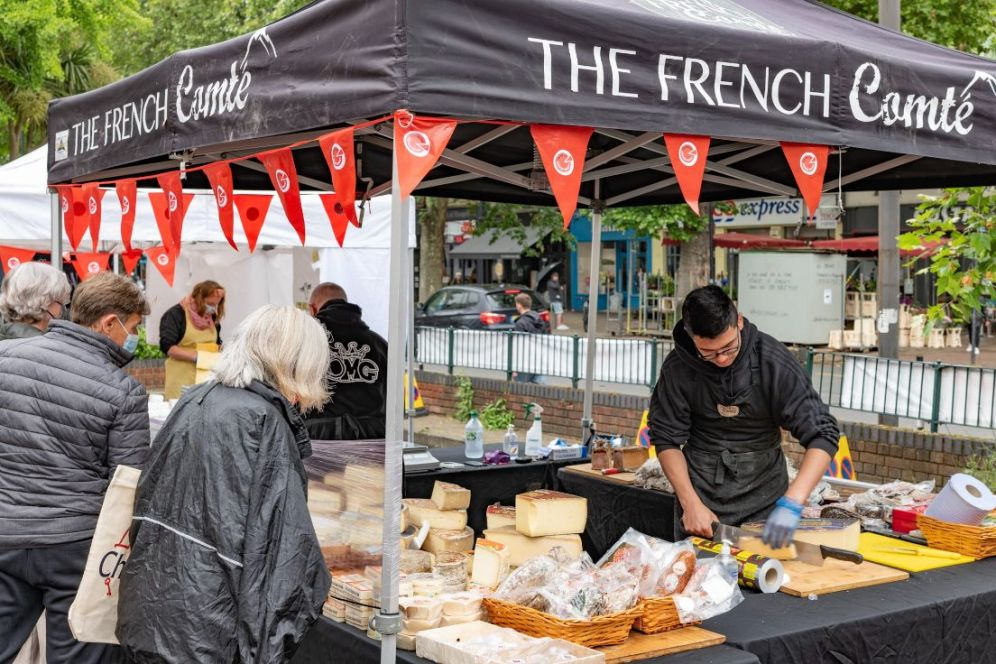 Chiswick Cheese Market 1Web- David Insull