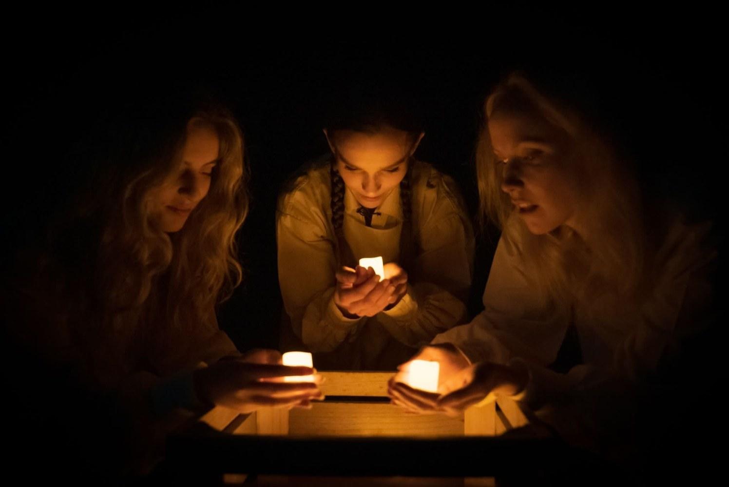 Macbeth - witches