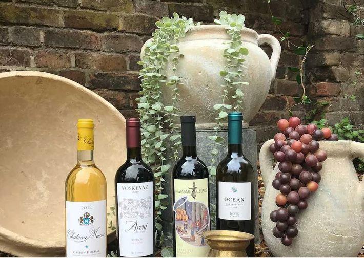 Mummy Wine Club - Bottles of wine_web