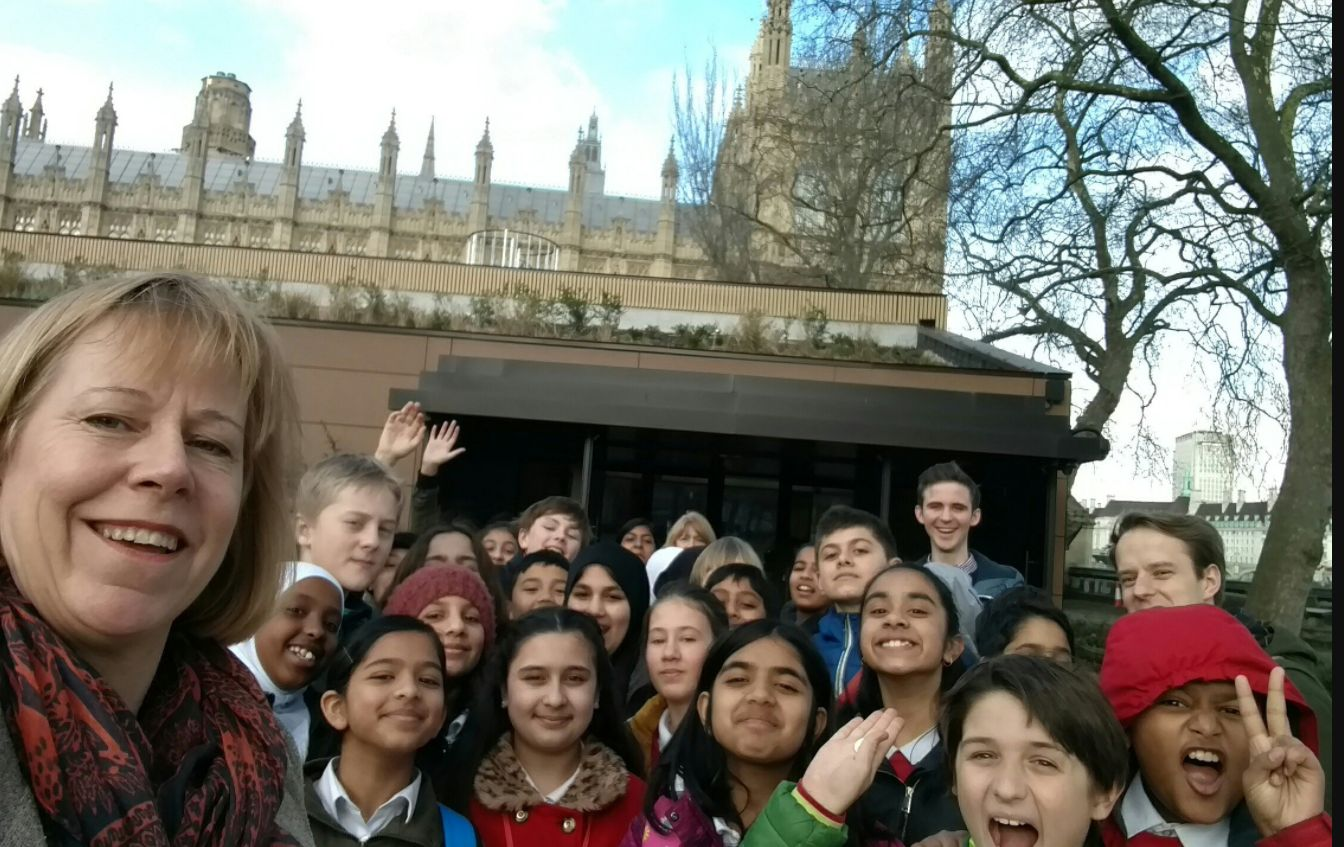 Ruth Cadbury with school children_web