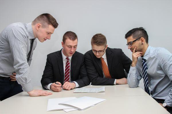 契約交渉前の準備 社内検討
