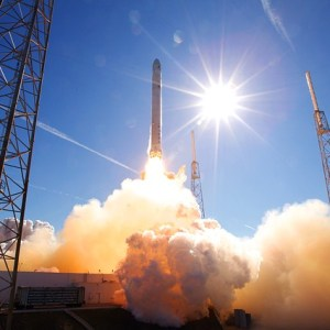 SpaceX-ImageryによるPixabayからの画像