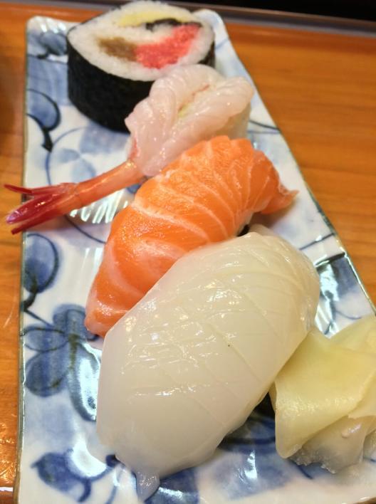 イタリアン生チラシセットのお寿司