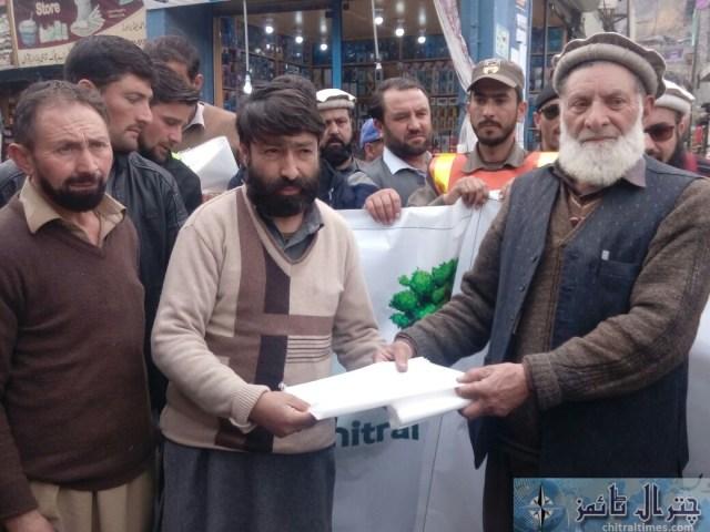 awarness rally against polythene bags lead by AC sajid nawaz chitral 5