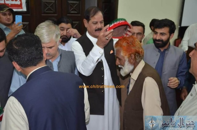 sartaj ahmad khan and other joined pti chitral 7