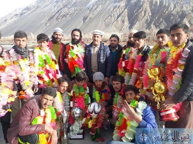 ghss mastuj team divisional winner2445