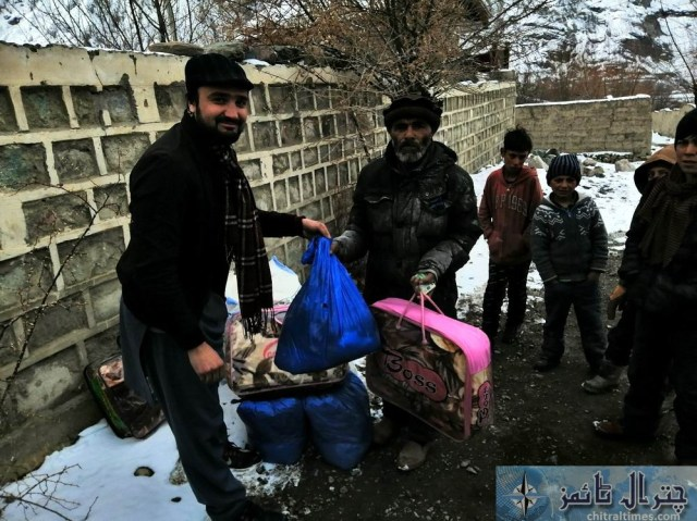 hashoo distributes relief items in brep chitral14