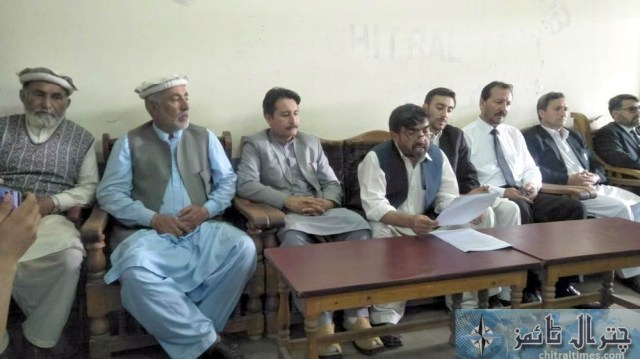 pti abdul lateef press confrence chitral 4