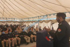 dpo chitral meeting with police jawans3 1 scaled