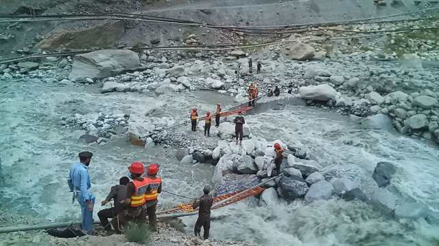 rescue 1122 golain flood rescue activities chitral