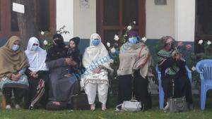 lady health workers protest chitral 4 scaled