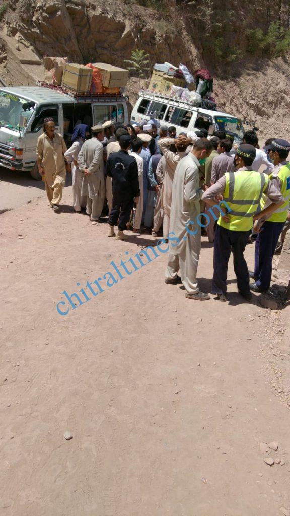 chitraltimes reshun river erosion road block