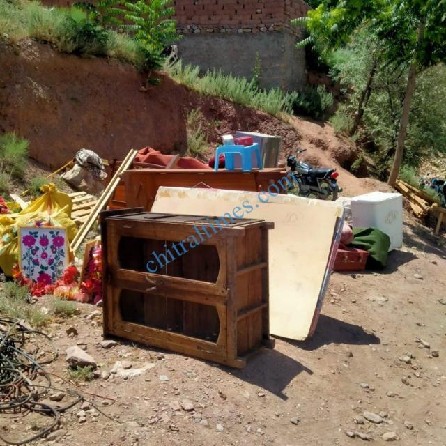 chitraltimes reshun river erosion road block4
