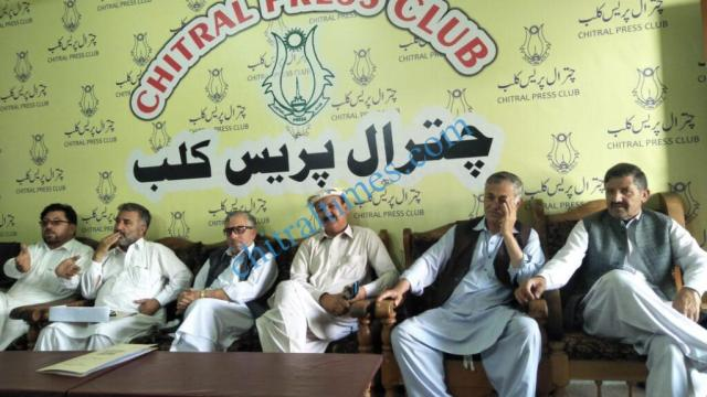 chitraltimes govt contractor association chitral press confrence
