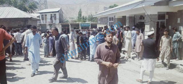 chitraltimes reshun flyingcoach accident upper chitral3