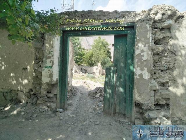 chitraltimes police station mastuj collapsed building 1 1