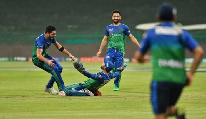Multan Sultan lift PSL trophy