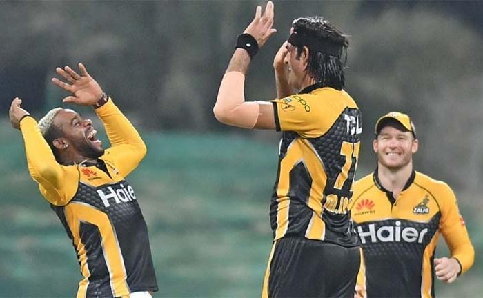 Peshawar Zalmi trounce Quetta Gladiators