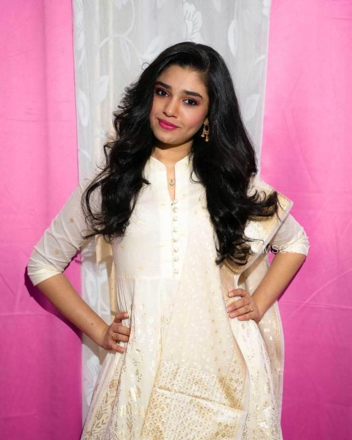krithi shetty Reent Photo shoot